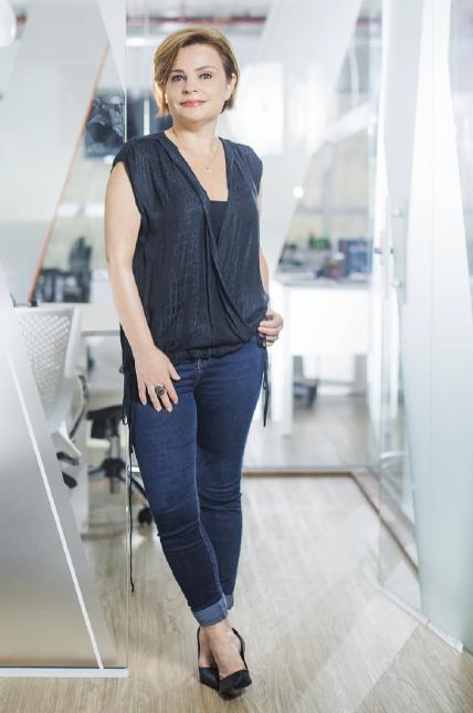 Foto 1 (QUEM SOMOS) - Cláudia Vassallo Sócia-fundadora da NOVA PR