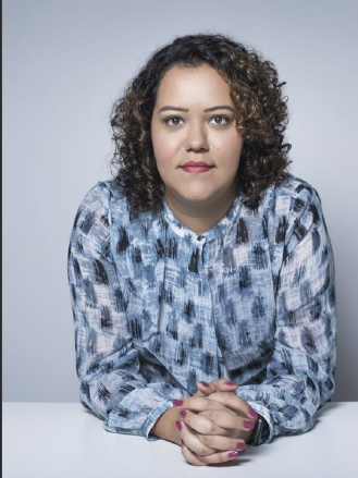 Foto 5 (QUEM SOMOS) - Livia Hormigo Diretora de atendimento da NOVA PR